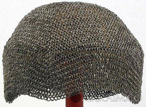 1495128253 9. european riveted mail Cap 15th century Or 16th century iron. diameter 0.624 Cm links. weight 0.59 Kg The wallace collection