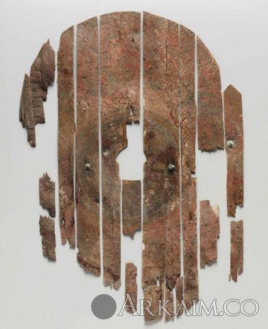 1496292720 11. schit So scenoy razgrableniya troi rekonstrukciya rospisi licevoy storony I Bez Nee