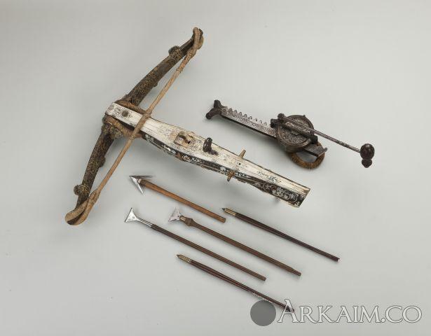 Арбалет с домкратом и стрелами. Швейцария. Кон. XVI в.
