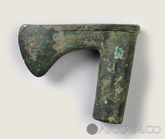 10123257 шумерского боевого топора. ок. 2500 до н.э. Гарвардский художественный музей, Кембридж