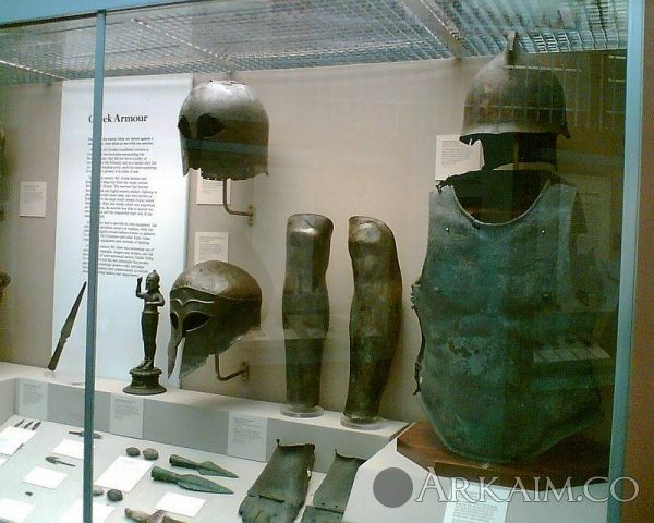 1473703015 4. greek armour british museum