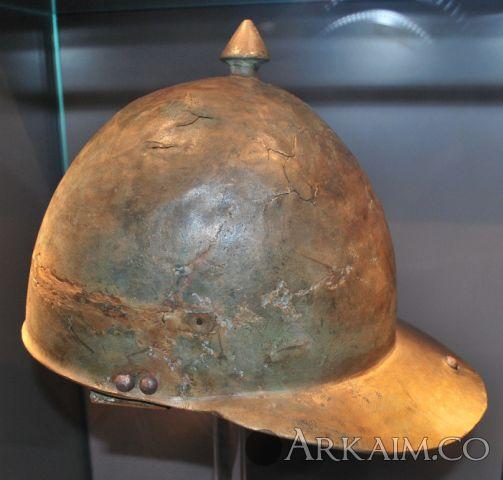 Montefortino Helm, Colonia Ulpia Traiana