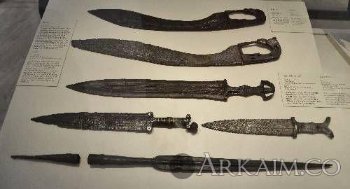 1478198823 6. nacionalnyy arheologicheskiy muzey V madride. mechi pryamye I So smeschennym centrom tyazhesti klinka